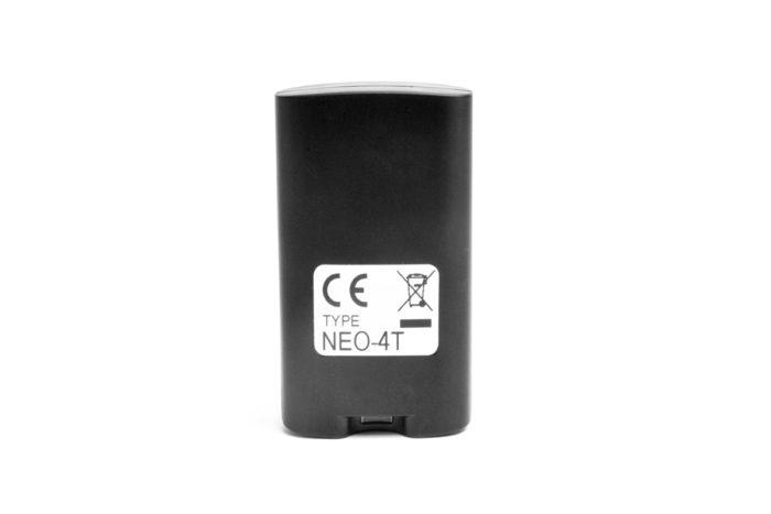 radiocomando nero 4 tasti per gestione stufe e caldaie vista posteriore